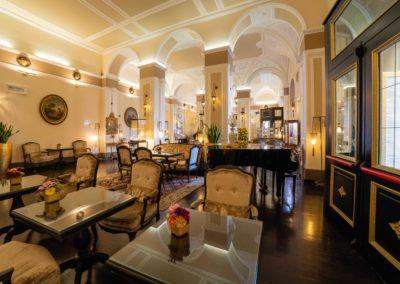 4. Hall Bernini Palace-min